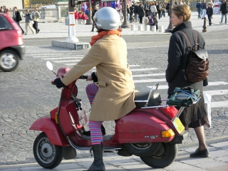 paris-scooter-girl